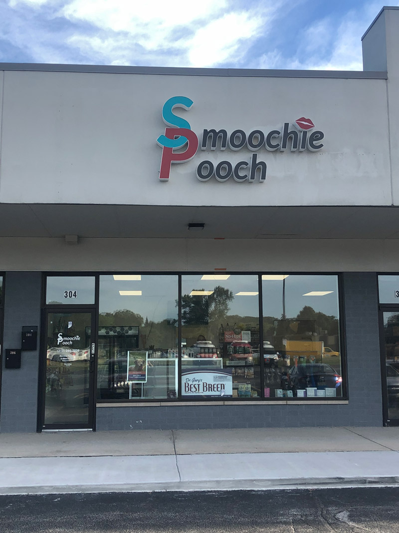 Storefront Smoochie Pooch the Best Pet Grooming in Schererville